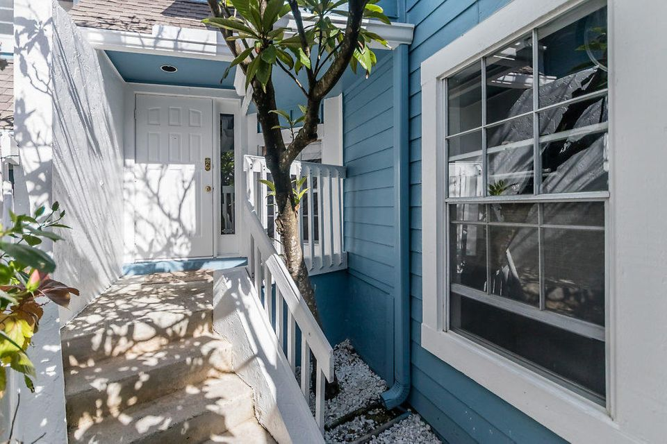 112 Ocean Dunes Circle , Jupiter FL 33477 is listed for sale as MLS Listing RX-10396968 45 photos