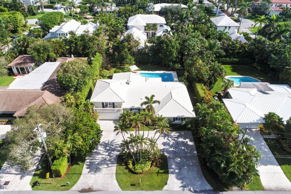 Single Family Home for Sale at 509 Oleander Lane Delray Beach, Florida 33483 United States