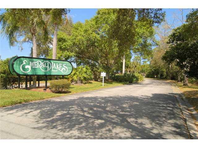 Townhouse for Sale at 5665 SE Windsong # 536 Stuart, Florida 34997 United States