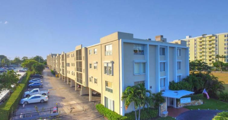 Condominium for Rent at 1601 S Flagler Drive # 3030 1601 S Flagler Drive # 3030 West Palm Beach, Florida 33401 United States