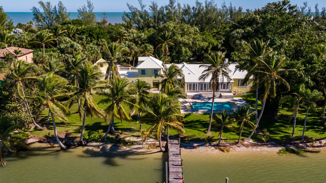 482 S Beach  , Hobe Sound FL 33455 is listed for sale as MLS Listing RX-10394339 photo #19