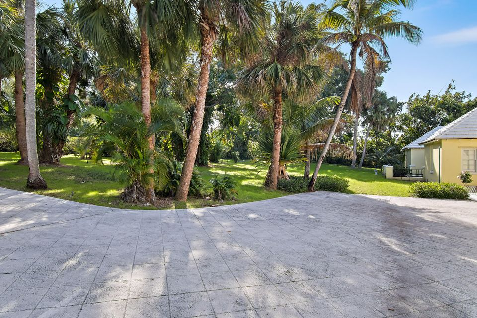 482 S Beach  , Hobe Sound FL 33455 is listed for sale as MLS Listing RX-10394339 photo #13