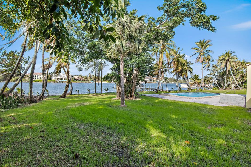 482 S Beach  , Hobe Sound FL 33455 is listed for sale as MLS Listing RX-10394339 photo #15