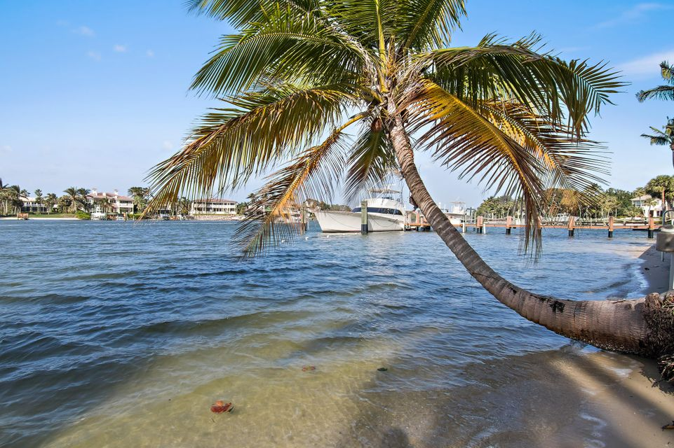 482 S Beach  , Hobe Sound FL 33455 is listed for sale as MLS Listing RX-10394339 photo #37