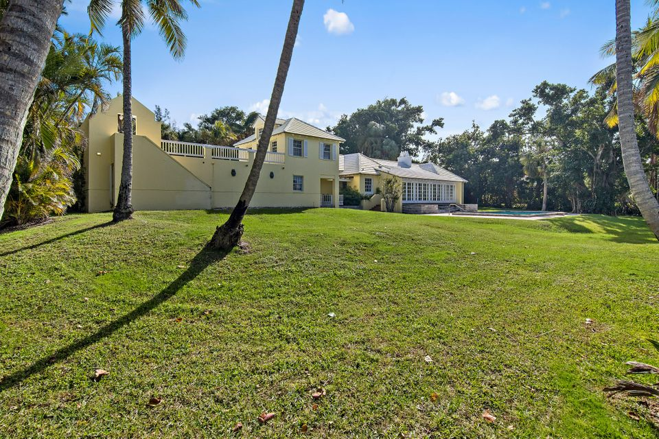 482 S Beach  , Hobe Sound FL 33455 is listed for sale as MLS Listing RX-10394339 photo #9