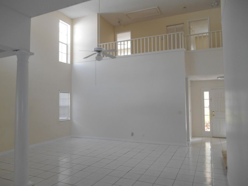 Additional photo for property listing at 4 Hampton Court 4 Hampton Court Palm Beach Gardens, Florida 33418 United States