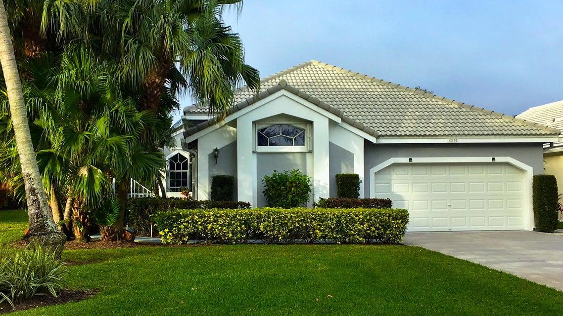 独户住宅 为 销售 在 12750 Oak Knoll Drive 12750 Oak Knoll Drive 棕榈滩花园, 佛罗里达州 33418 美国