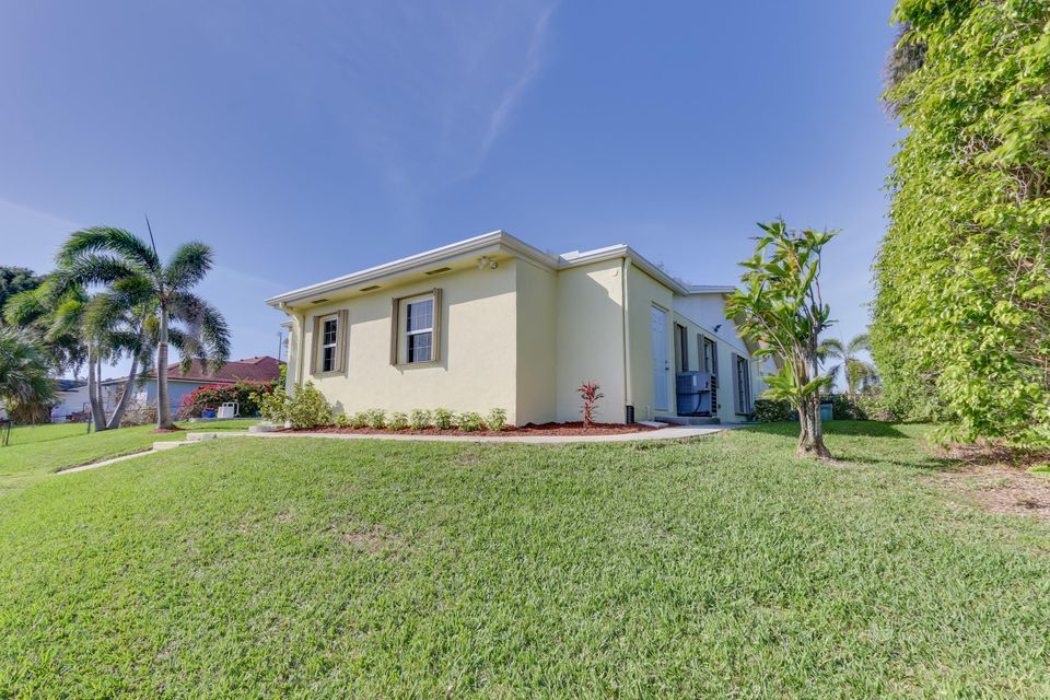 802 W Patrick Circle  West Palm Beach, FL 33406 photo 52