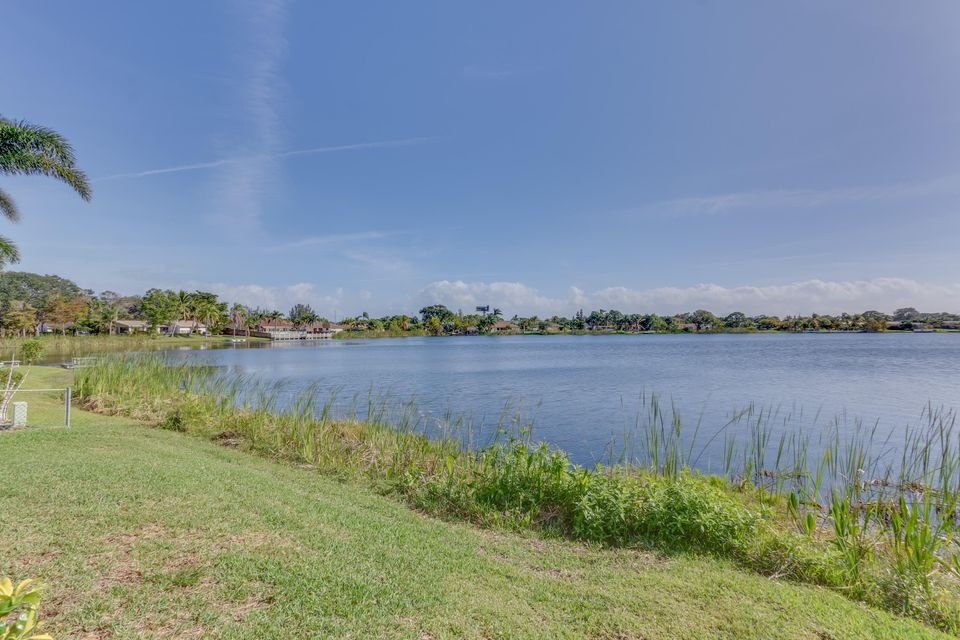 Photo of  West Palm Beach, FL 33406 MLS RX-10397504
