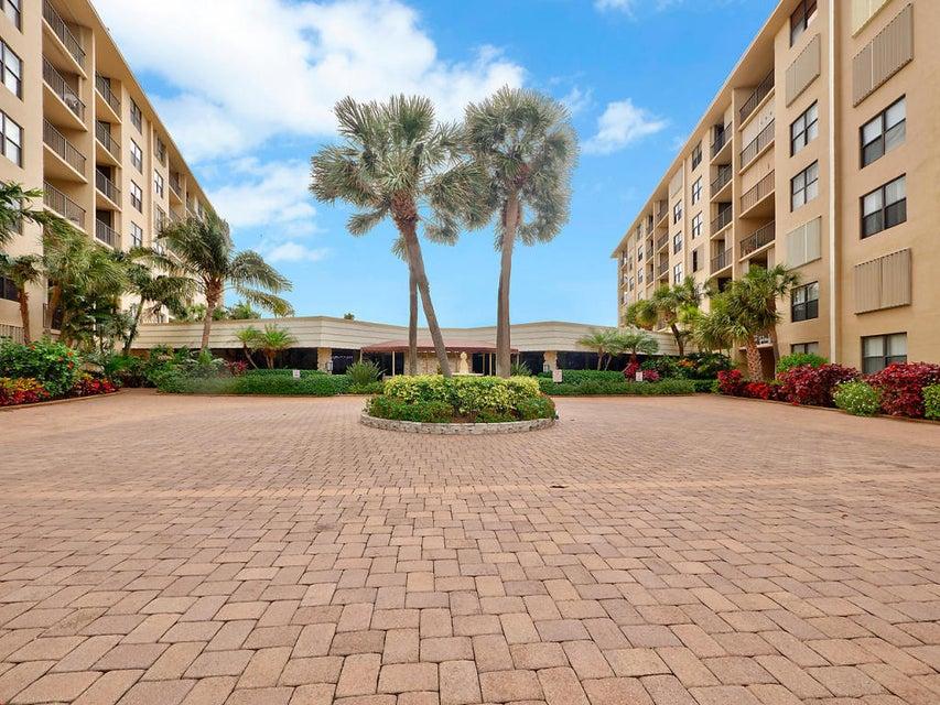 3545 S Ocean Boulevard 110  South Palm Beach FL 33480