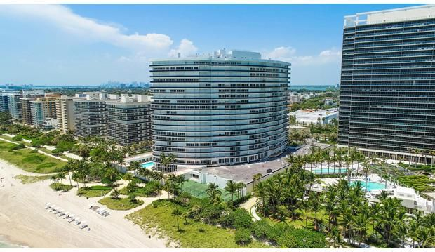 Additional photo for property listing at 9601 Collins Avenue # Ph306 9601 Collins Avenue # Ph306 Bal Harbour, Florida 33154 United States