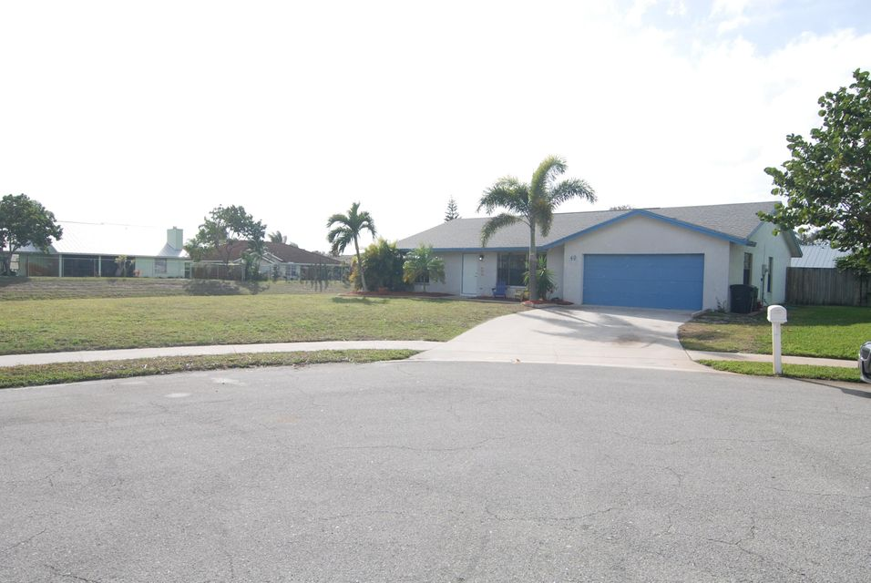 Single Family Home for Sale at 49 Chapel Court 49 Chapel Court Tequesta, Florida 33469 United States