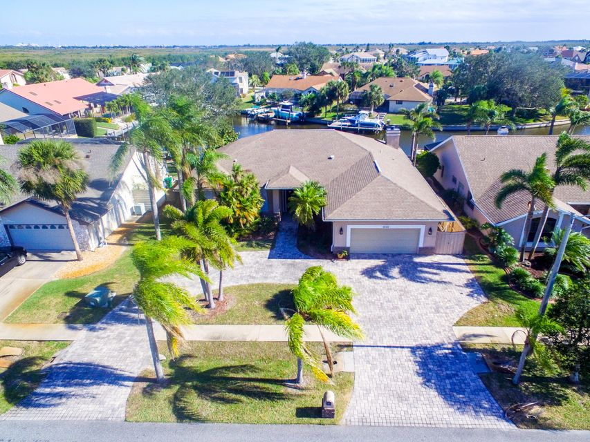 Single Family Home for Sale at 2140 Sykes Creek Drive 2140 Sykes Creek Drive Merritt Island, Florida 32953 United States