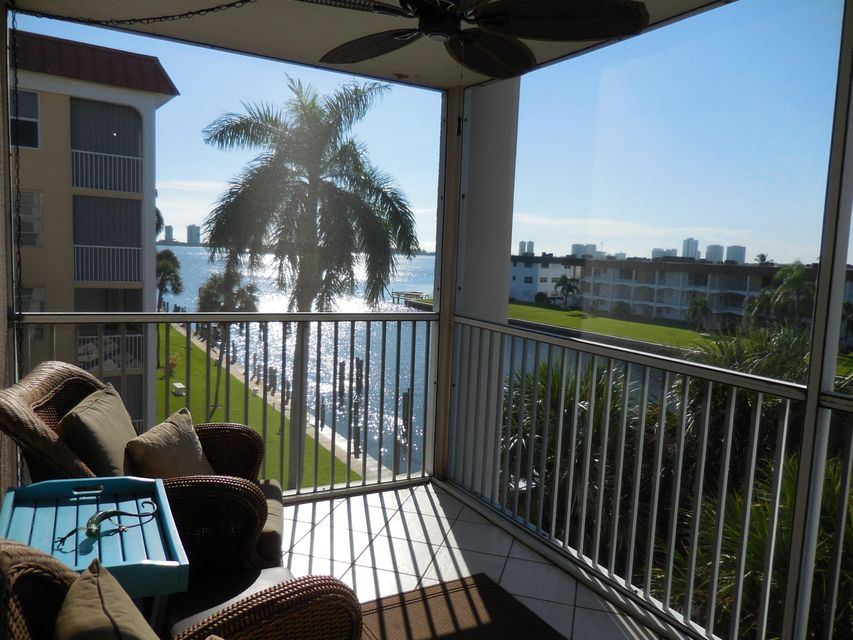 104  Paradise Harbour Boulevard is listed as MLS Listing RX-10397221 with 14 pictures