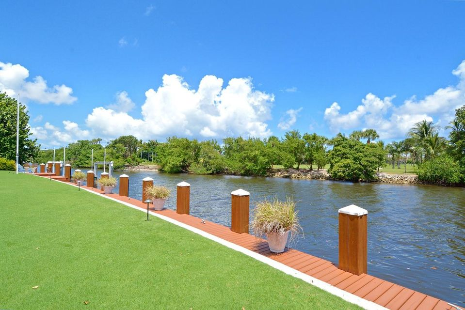 534  Island Drive , Palm Beach FL 33480 is listed for sale as MLS Listing RX-10372316 photo #18