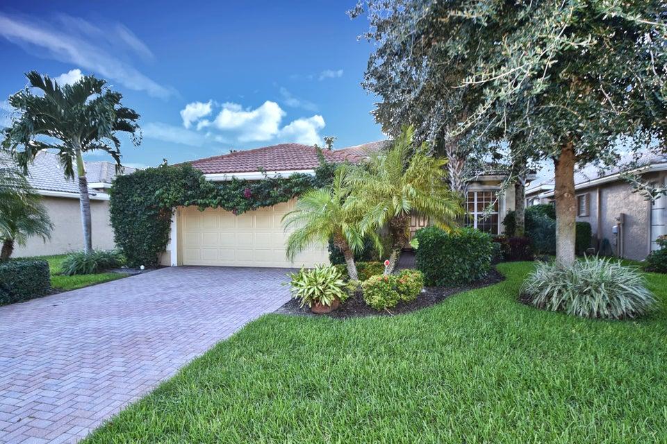 独户住宅 为 销售 在 10879 Summerville Way 10879 Summerville Way 博因顿海滩, 佛罗里达州 33437 美国