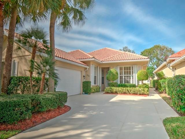 316 Kelsey Park Circle  Palm Beach Gardens FL 33410