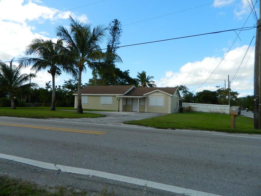 独户住宅 为 销售 在 3485 Kirk Road 3485 Kirk Road Lake Worth, Florida 33461 United States