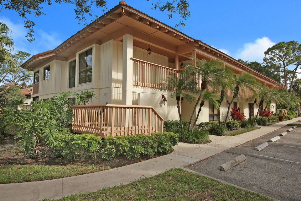 433 Brackenwood Lane 433 , Palm Beach Gardens FL 33418 is listed for sale as MLS Listing RX-10397559 20 photos