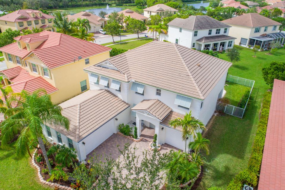 9057 New Hope Court Royal Palm Beach, FL 33411 small photo 2