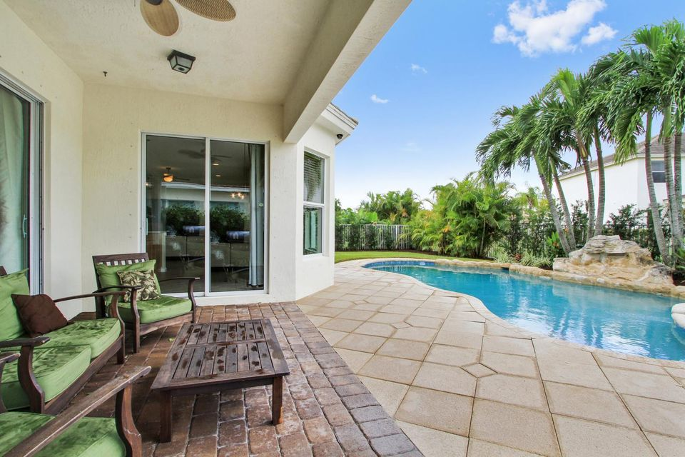 9057 New Hope Court Royal Palm Beach, FL 33411 small photo 3