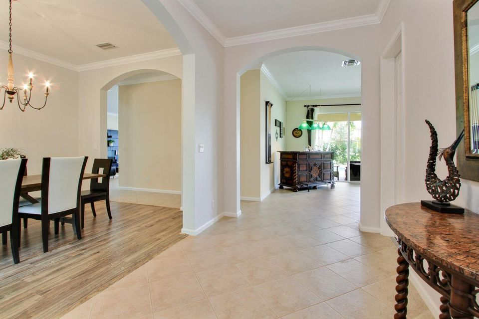 9057 New Hope Court Royal Palm Beach, FL 33411 small photo 6