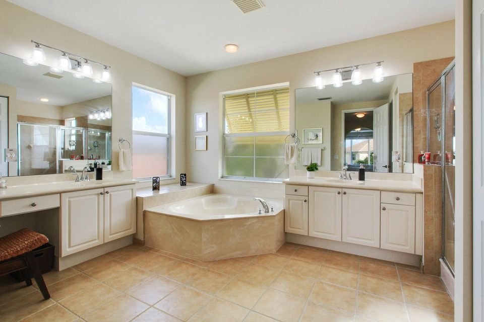 9057 New Hope Court Royal Palm Beach, FL 33411 small photo 18