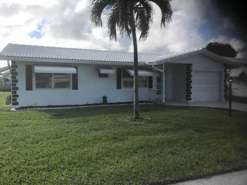Single Family Home for Sale at 707 Canal Way 707 Canal Way Boynton Beach, Florida 33426 United States