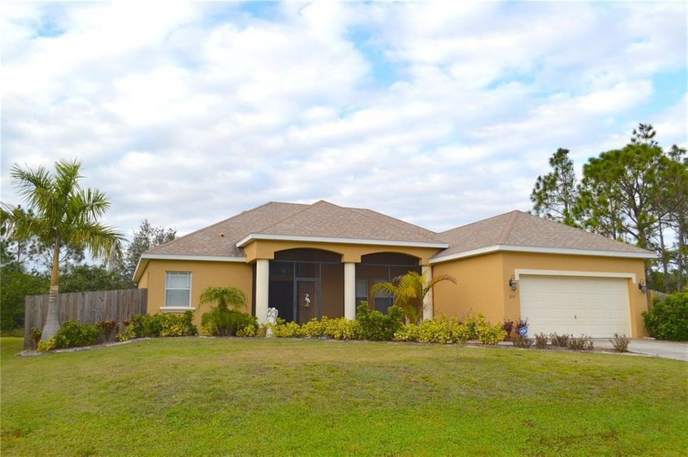 Single Family Home for Sale at 1059 Wyoming Drive 1059 Wyoming Drive Palm Bay, Florida 32909 United States
