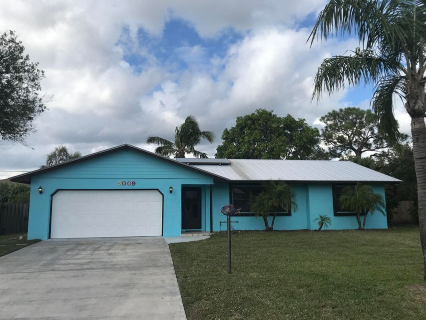 Single Family Home for Sale at 5009 SE Pine Ridge Way 5009 SE Pine Ridge Way Stuart, Florida 34997 United States