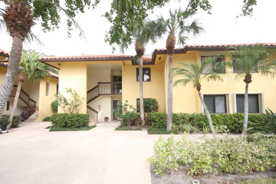 95 Pelican Pointe Drive 202  Delray Beach FL 33483