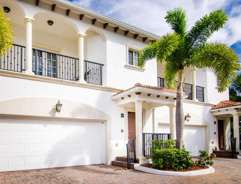 Townhouse for Sale at 816 Prosperity Farms Road # 2 North Palm Beach, Florida 33408 United States