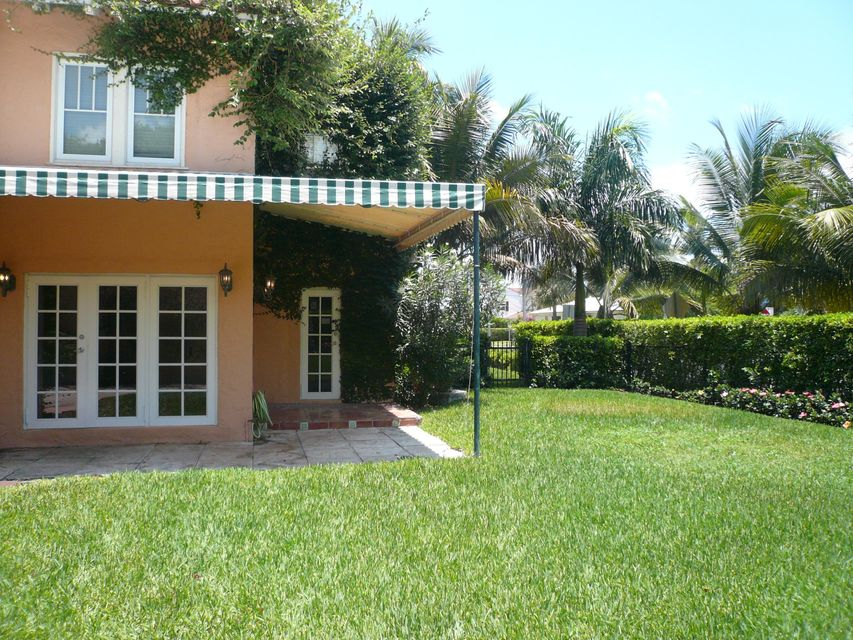 3217 Washington Road West Palm Beach, FL 33405 photo 2