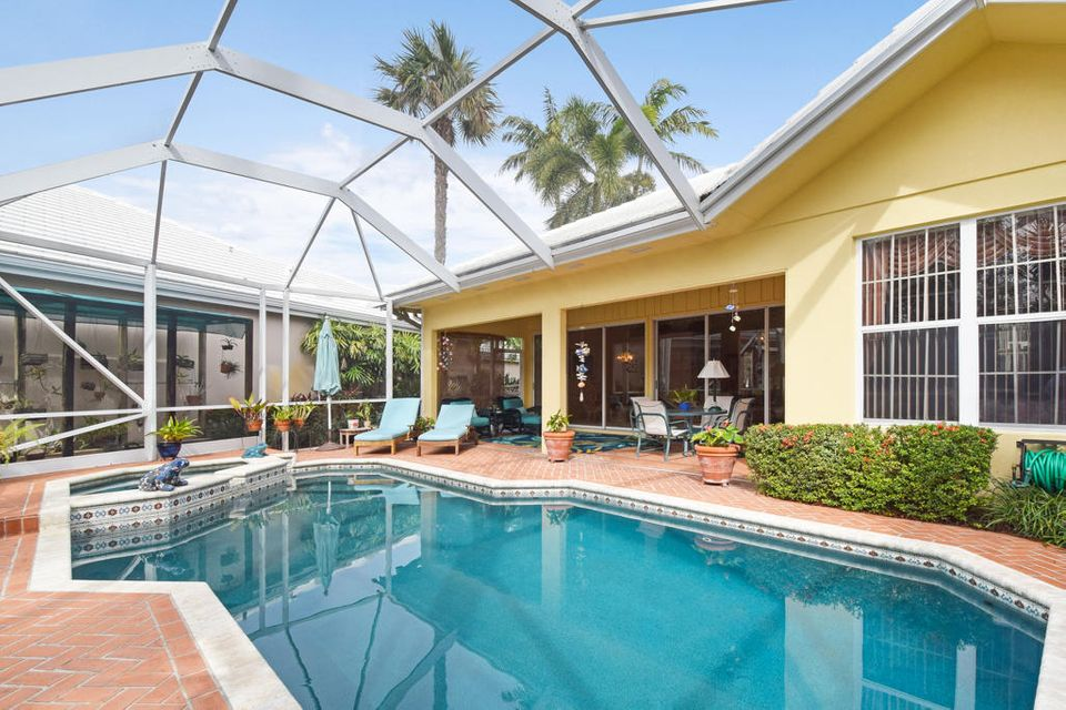8720 Wakefield Drive , Palm Beach Gardens FL 33410 is listed for sale as MLS Listing RX-10398355 1 photos