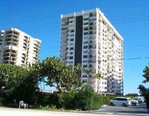 5440 N Ocean Drive is listed as MLS Listing RX-10397865 with 1 pictures