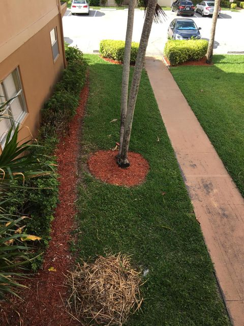 Additional photo for property listing at 283 Brittany F 283 Brittany F Delray Beach, Florida 33446 États-Unis