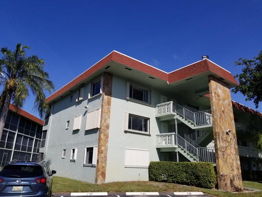 Condominium for Sale at 3000 Springdale Boulevard # 301 3000 Springdale Boulevard # 301 Palm Springs, Florida 33461 United States