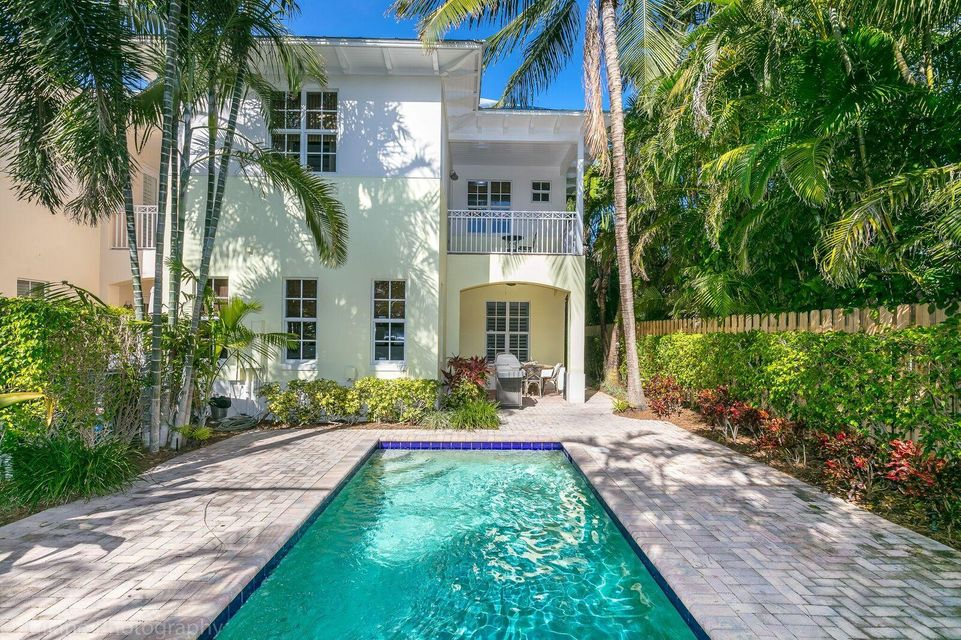 Townhouse for Sale at 288 E Boca Raton Road Boca Raton, Florida 33432 United States