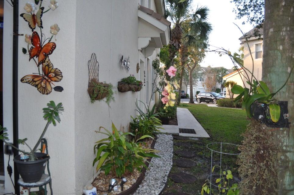 1046 Woodfield Road West Palm Beach, FL 33415 photo 12