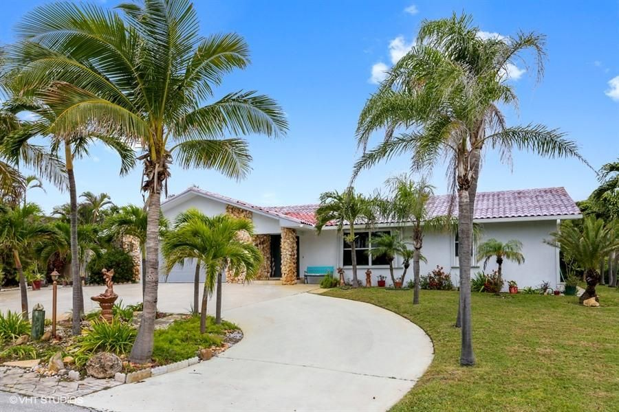 Home for sale in TOMKUS North Palm Beach Florida