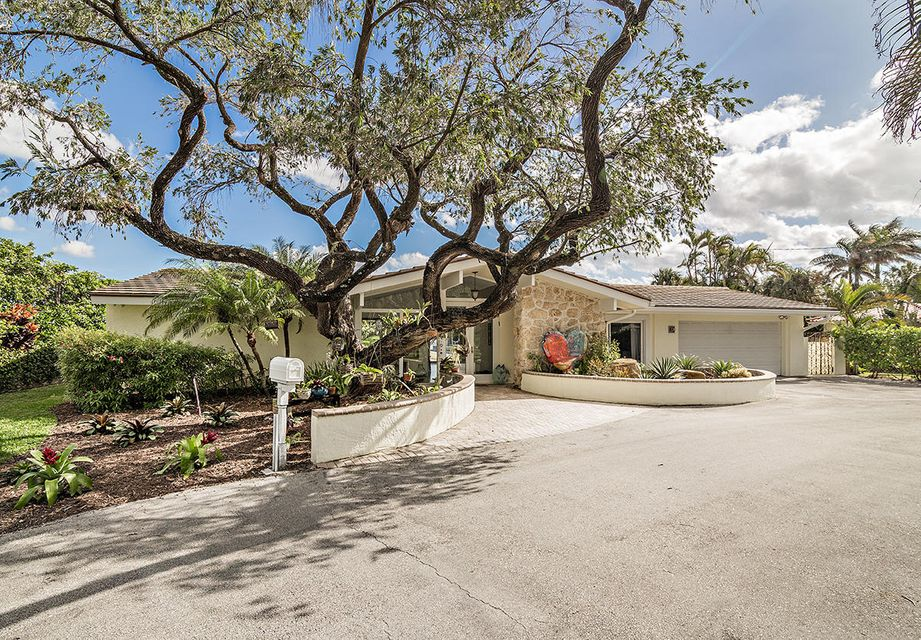 Home for sale in S/D OF 10-44-43, GOV LTS 1, 2, 3 West Palm Beach Florida