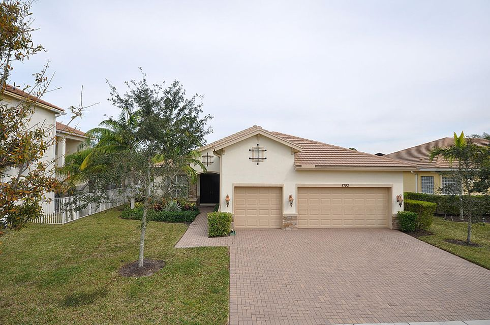 8192 Butler Greenwood Drive  Royal Palm Beach, FL 33411