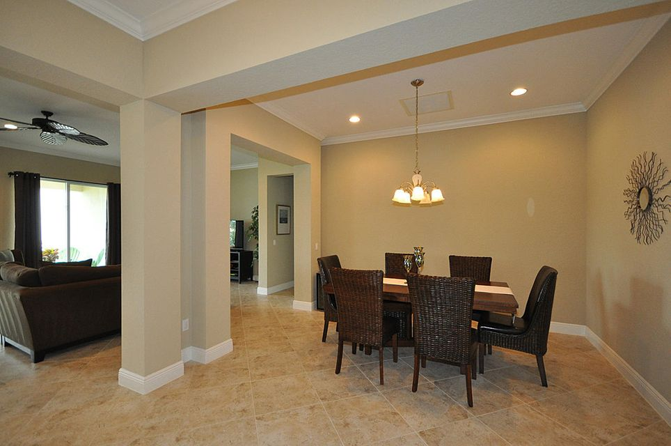 8192 Butler Greenwood Drive Royal Palm Beach, FL 33411 photo 6