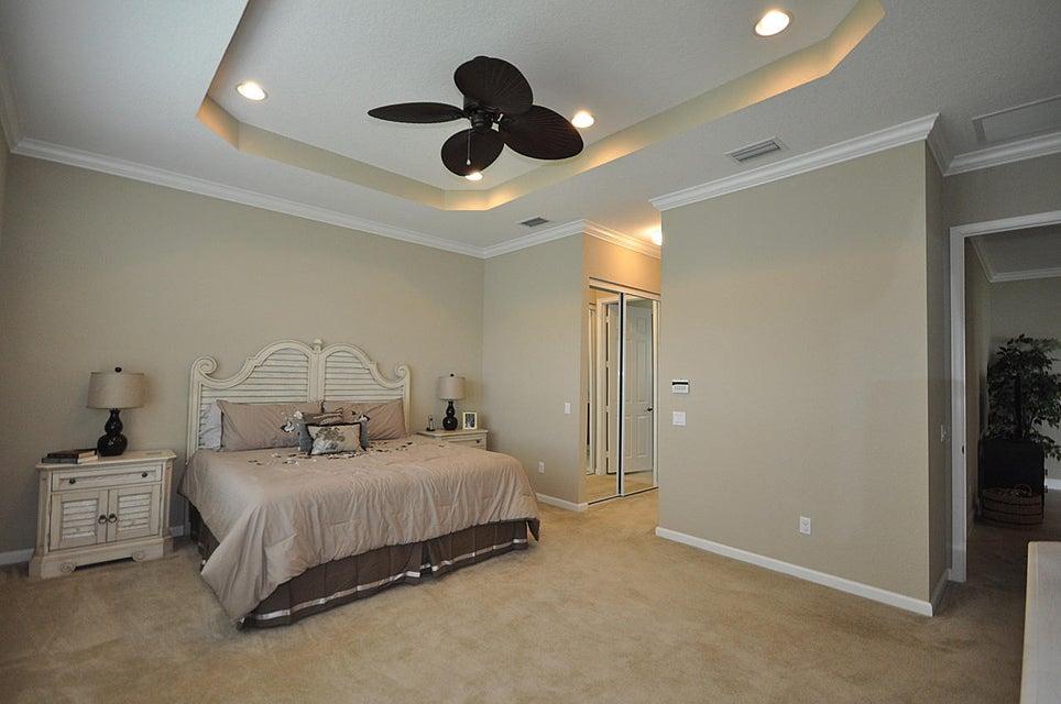 8192 Butler Greenwood Drive Royal Palm Beach, FL 33411 photo 18