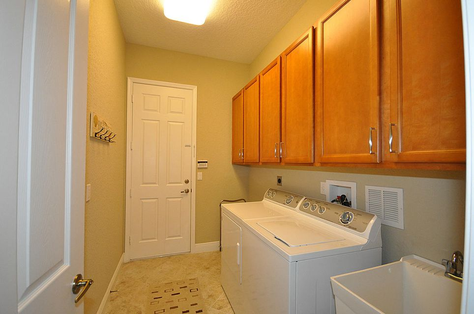 8192 Butler Greenwood Drive Royal Palm Beach, FL 33411 small photo 22