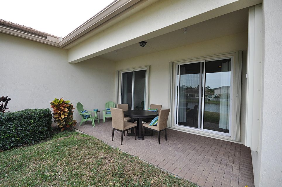 8192 Butler Greenwood Drive Royal Palm Beach, FL 33411 small photo 23