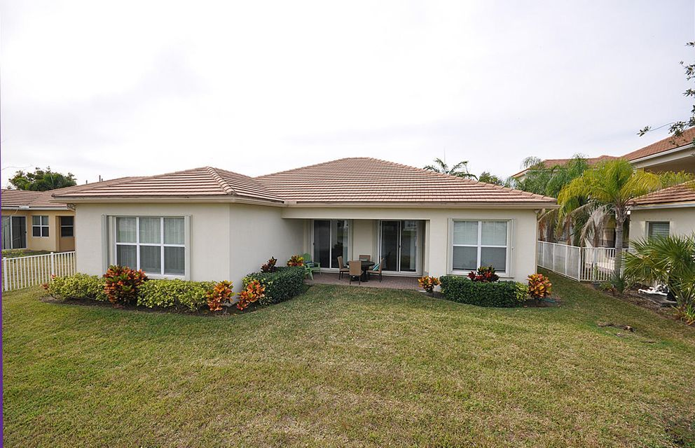 8192 Butler Greenwood Drive Royal Palm Beach, FL 33411 small photo 25