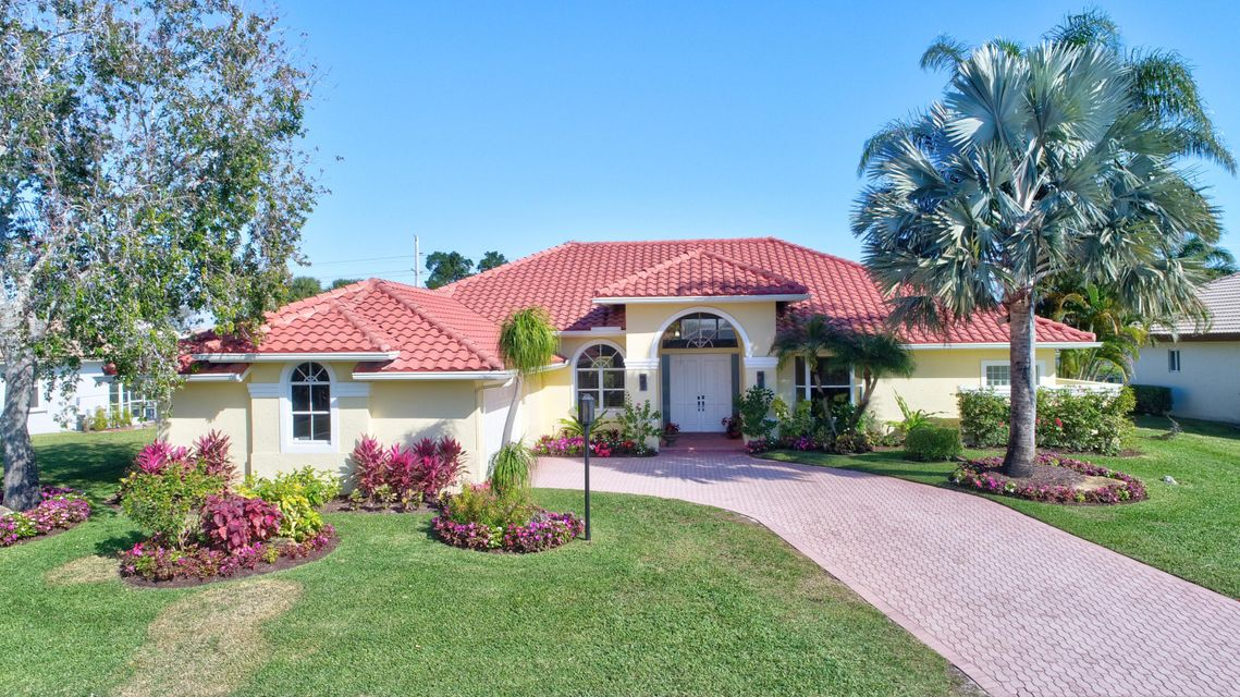 Single Family Home for Sale at 17574 Sealakes Drive 17574 Sealakes Drive Boca Raton, Florida 33498 United States