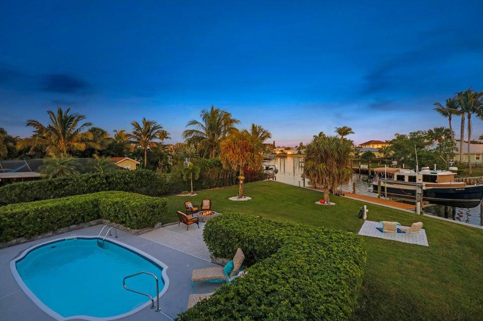 Additional photo for property listing at 197 SW Riverway Boulevard 197 SW Riverway Boulevard Palm City, Florida 34990 Estados Unidos