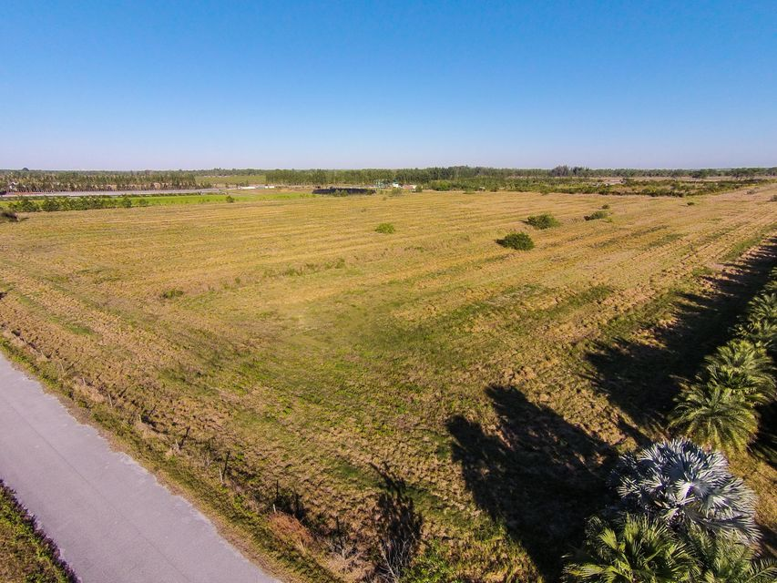 Additional photo for property listing at 7701 SW Groveview Terrace 7701 SW Groveview Terrace Palm City, 佛罗里达州 34990 美国